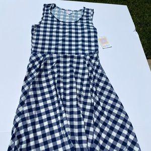 NWT Lularoe Nicki Dress with pockets Large